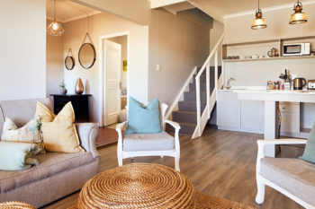 Luxury Self Catering Accommodation Honeymoon suite